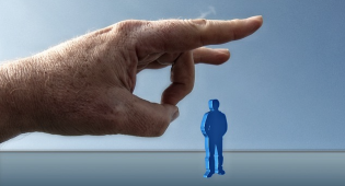 Travail : ai-je droit à un préavis et à une indemnité de licenciement ?